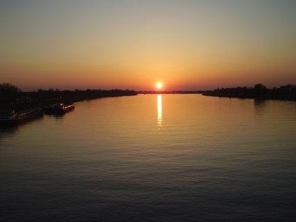 FOTKA - Západ slnka na Dunaji