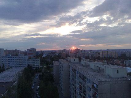 FOTKA - Západ slunce na sídlištěm