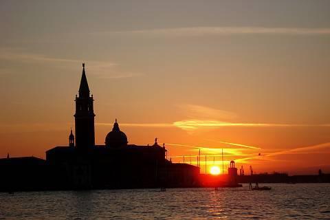 FOTKA - Západ slunce v Benátkách