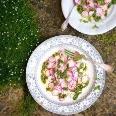 jarní zelenina - ředkvičky
