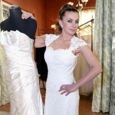 Alice Bendová oblékla svatební šaty