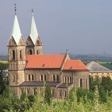 Kostel Nanebevzetí Panny Marie v Gruntě