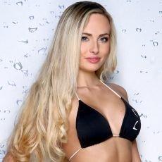 Česká Miss 2013 - finalistka č. 8 - Alena Prešnajderová