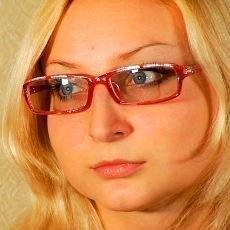 Správný výběr brýlí podtrhne vaše charisma