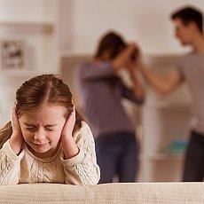 Braňte se stalkingu a domácímu násilí