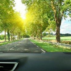 Jak pečovat o čelní sklo u svého auta?