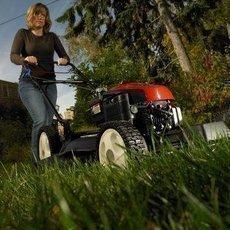 3 největší mýty v péči o trávník