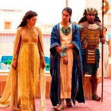 Tutanchamon: Životní příběh zmařeného dětství, zlaté masky a kletby