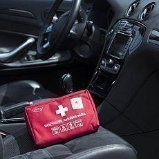 Řidiči, vyhněte se pokutě a zkontrolujte si před dovolenou autolékárničku!