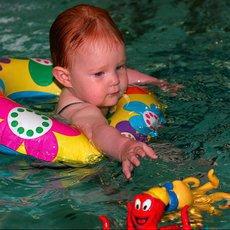 Které plavecké pomůcky jsou pro vaše děti nejvhodnější?