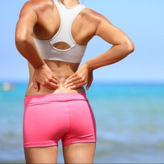 Trápí vás bolesti v esíčku? Začněte cvičit ještě dnes a vyhněte se operaci