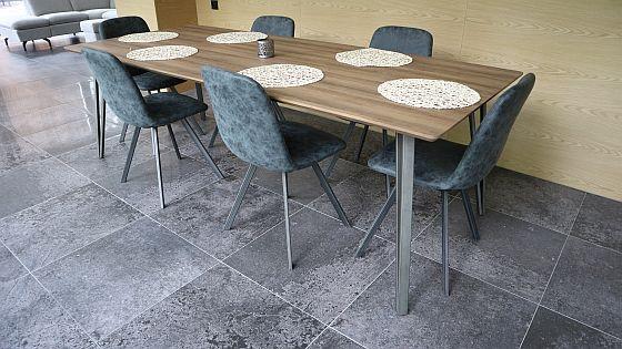 dlažba v imitaci betonu
