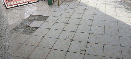 poškozená terasa