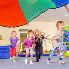 Sportující děti jsou šťastnější a mají méně úrazů