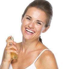 5 častých chyb při aplikaci parfému