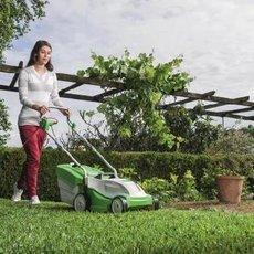Několik praktických rad pro nádherný letní trávník