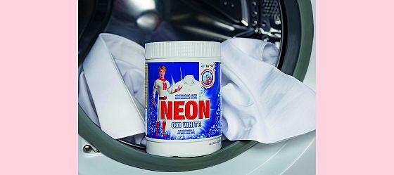 Tekuté prací prostředky a odstraňovače skvrn NEON