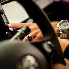 Milé řidičky, těmhle chybám se v zimě za volantem raději vyhněte!