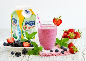 Ovocný salát sBílým jogurtem z Valašska