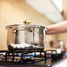 Je úspornější vaření na plynu, nebo na indukci?