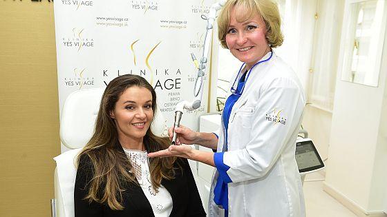 Iva Kubelková na klinice Yes Visag