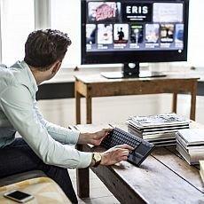 Tři cesty, jak elegantně začlenit technologické přístroje do interiéru domova