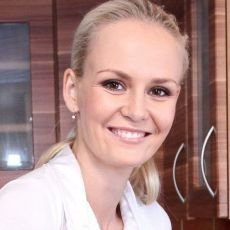VIP Prostřeno 18.9. 2012 -  Lucie Hadašová