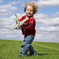 Do letadla s dětmi? Cenné rady, které by vám neměly uniknout