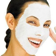 Dopřejte si pleťovou masku z jogurtu