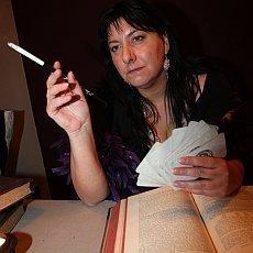 astroložka Noor