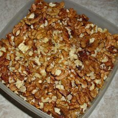 louskání ořechů