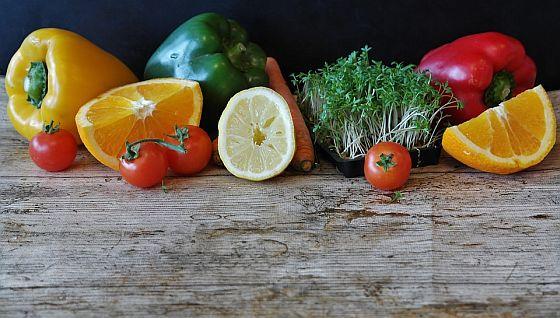 Skvělým zdrojem vitamínů a minerálů je i ovoce a zelenina.