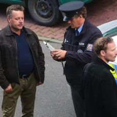 Policie v akci 44: Zdrogovaný automechanik, potyčka před obchodem