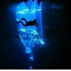 Potápěči na Yukatánu