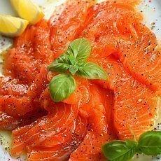 Jak poznáte čerstvou rybu? Má červené žábry, nezkalené oči a perleťové maso