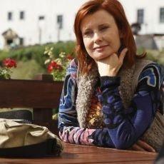 edb5a6e746f Seriál Ententýky – Ute Zikmundová (Jitka Schneiderová) - Chytrá žena