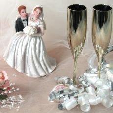 Zazobané celebrity šetří i na vlastní svatbě!