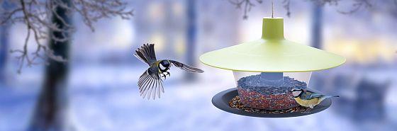 Plastia - krmítka pro ptáčky