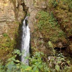 putování za vodopádem