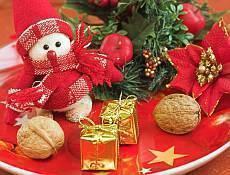 Tradiční vánoční ozdoby na stromeček