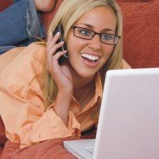 Jak najít lásku přes internet? 5+1 rad, které vám pomůžou zabodovat
